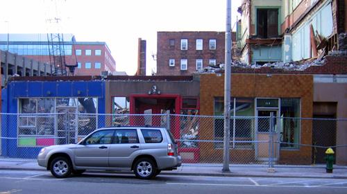 2009-0406_demolition001