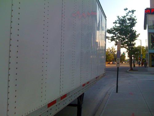 lasalle-sq-truck