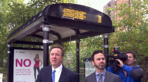 Chicago bus stop bus tracker