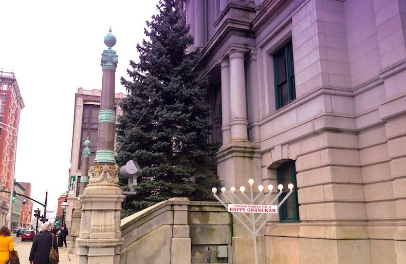 2013-christmas-tree-1